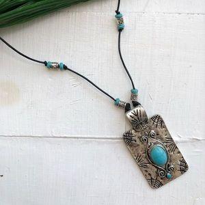 Jewelry - Choppy Waters Necklace